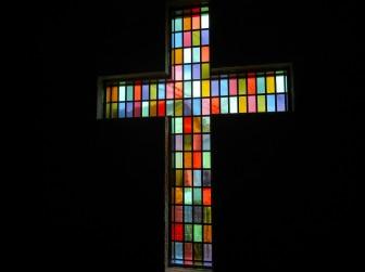 (44)兵庫県宝塚市 宝塚チャペル 十字架型 丸窓 欄間 両開きドア&窓 合計21枚 ・窓やドアに多数設置