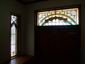 兵庫県川西市 玄関ドア欄間 はめ殺し窓 バラ 施工前後比較写真