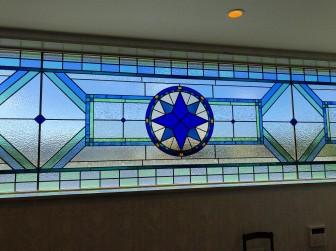 (124)大阪府羽曳野市H様邸ガレージハウス はめ殺し窓 巾4メートル×高さ80センチ 施工前後比較写真