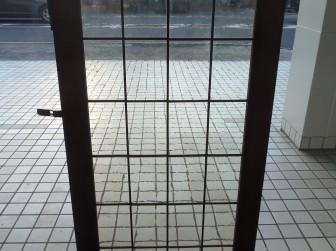 (41)ステンドグラスパネル修理 輸入キッチン食器棚 K様 大阪府大阪市