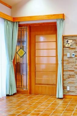 医務室の扉