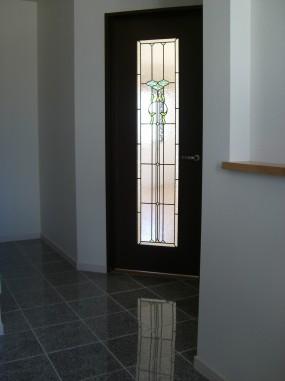 A/住宅(兵庫県神戸市)(品番TW-17デザイン追加) B/新築 C/リビング・室内ドア