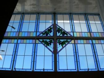(14)兵庫県神戸市中央区 青谷福音ルーテル教会様 ぶどう 窓12枚分割(縦3M 横4.6M)