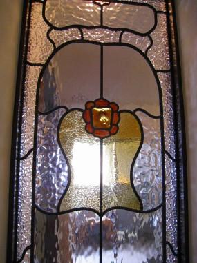 フリモント社のアンティークガラスを使用