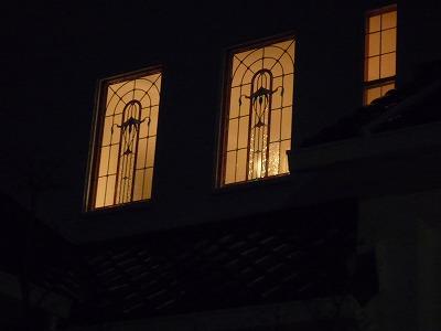 夜間も外からキレイに見えます